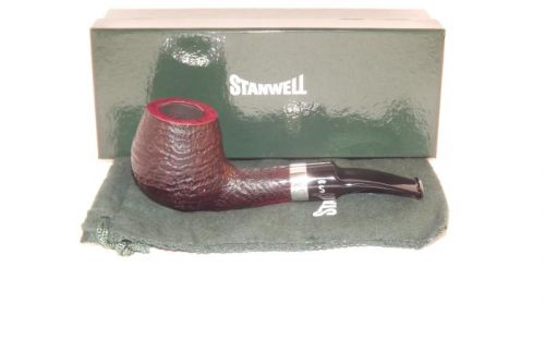 Stanwell pipa Sterling 233 Black Sand