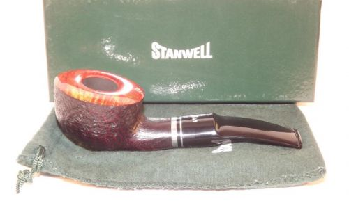Stanwell pipa Trio 95 Black Sand