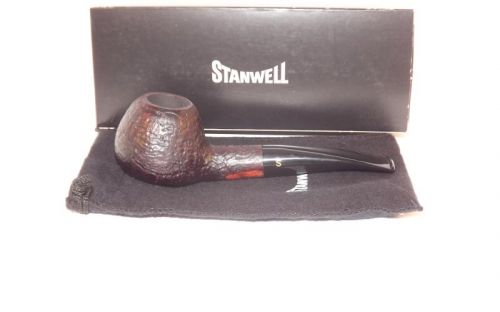 Stanwell pipa De Luxe 109 Black Sand