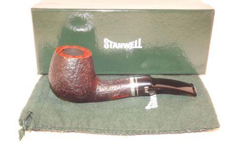 Stanwell pipa Trio 233 Black Sand