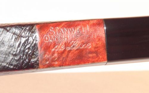 Stanwell pipa De Luxe 32 Black Sand