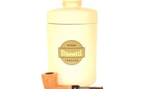 Stanwell Flawless pipa + dohánytartó