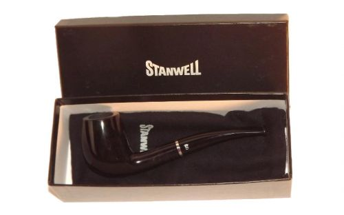 Stanwell pipa Black Diamond 139