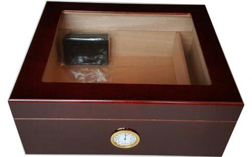 Humidor 40 szál szivar részére, bordó színű, cédrusfa, üveg tetővel, párásító és külső hygrometer - nagyon szép!