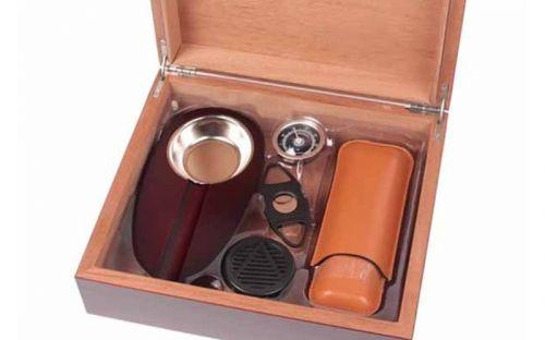 Humidor 30 szál szivar részére, cédrusfa szivar tároló doboz, párásítóval, hygrométerrel - cseresznye + AJÁNDÉK szett!